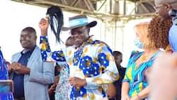 Kutana na Mke, Watoto na Wajukuu wa Mukhisa Kituyi Ambaye ni Mgombea Urais 2022