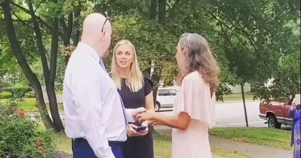 Woman Marries Man Who Was Convicted of Her Brother's Murder, Spent 32 Years in Jail