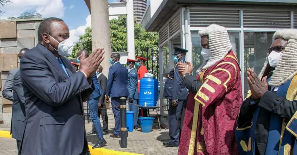 Ruto, Raila waandamana na Rais Uhuru bungeni