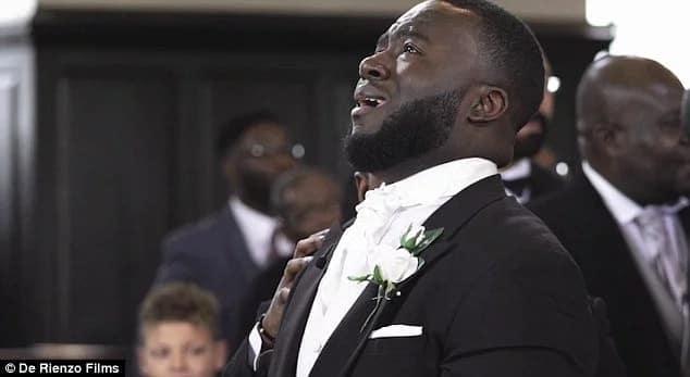 Video: Ghanaian-born Man weeps at his wedding