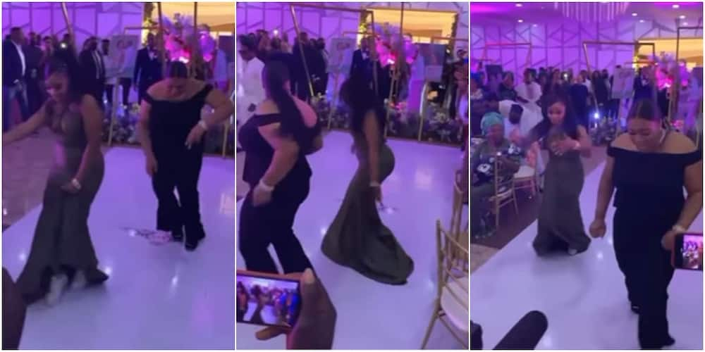 Guests were thrilled by two beautiful dancers.