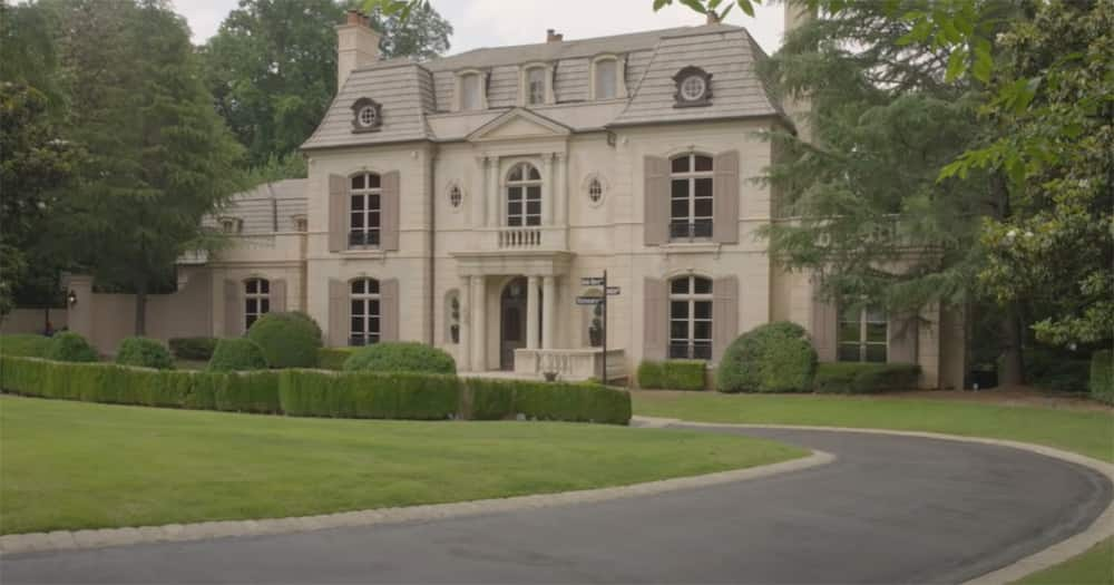 Tyrese Gibson's mansion.