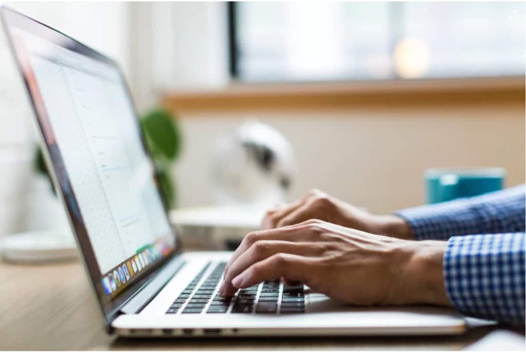Top 10 essay websites