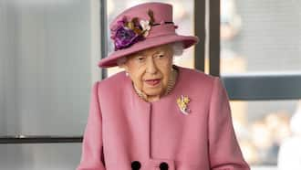 Buckingham Palace Spokesperson Confirms Queen Elizabeth Was Hospitalised After Cancelling Trip