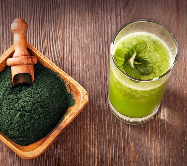 Spirulina face mask benefits for skin and how to use