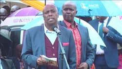 Seneta Moi awavunja mbavu waombolezaji akitoa hotuba katika ibada ya wafu kwa babake