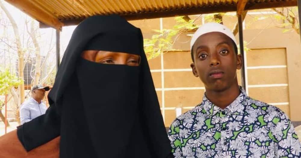 Khalid Hassan and his mother. Photo: Angaaf Radio Kenya.