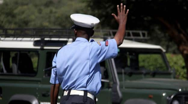 Kiambu KCSE Student Confronts Police Officers, Refuses to Be Frisked, Wear Mask