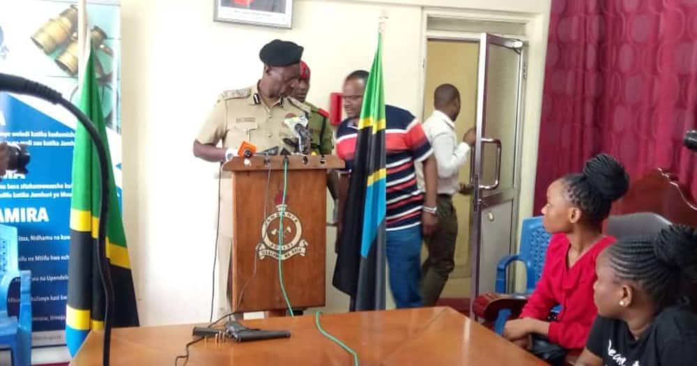 Police boss Muliro Jumanne speaking to journalists at his office on Wednesday, June 23. Photo: Dar Mpya.