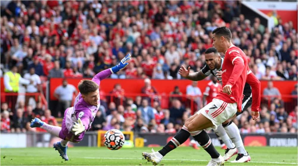 5-Star Cristiano Ronaldo Grabs Brace Against Newcastle to Send Manchester United Top of Premier League