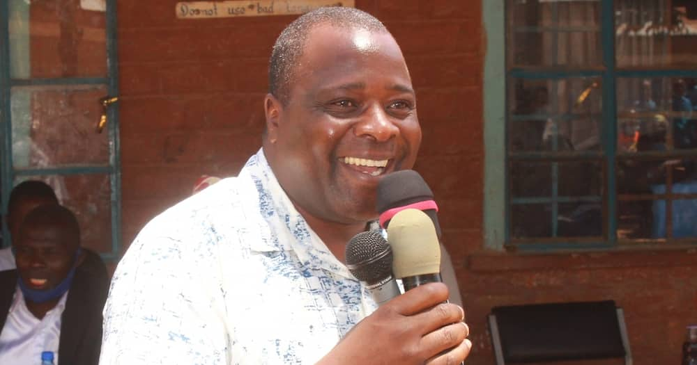 Lurambi MP Titus Khamala Rolls on Ground Persuading Mourners to Support Mudavadi's 2022 Bid