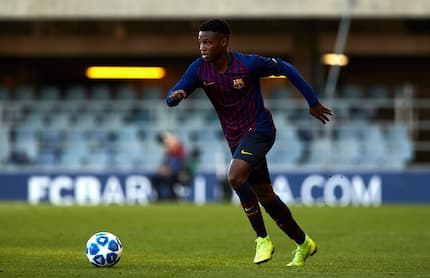 Chelsea launch late transfer move for Barcelona wonderkid who has been likened to Pogba