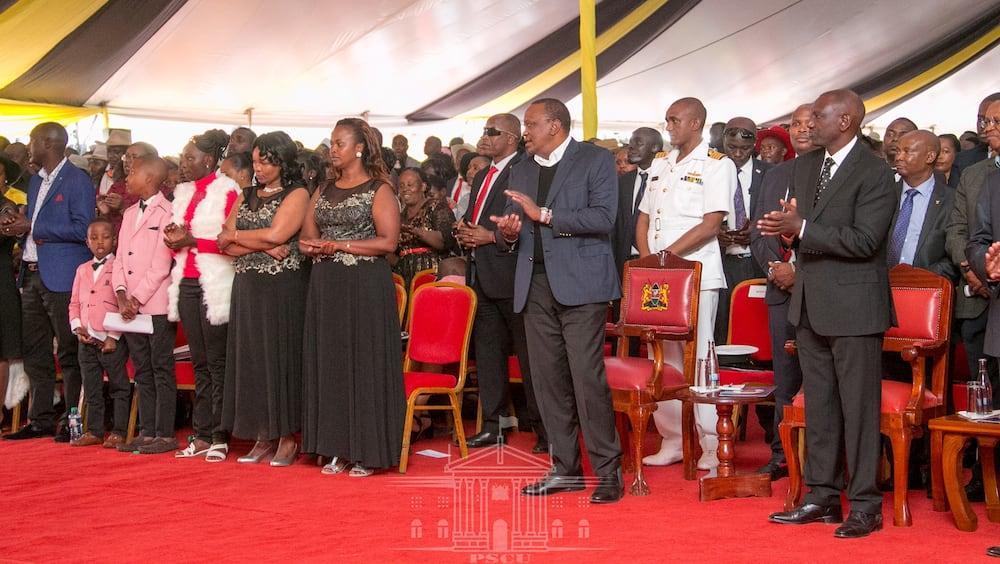 Bintiye marehemu John De' Mathew atoa wimbo kwa heshima za mwanamuziki huyo