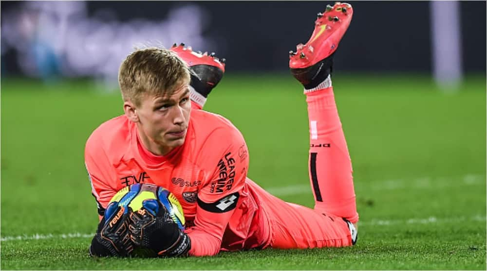 Alex Runarsson: Arsenal sign Iceland goalkeeper from Dijon on four-year deal