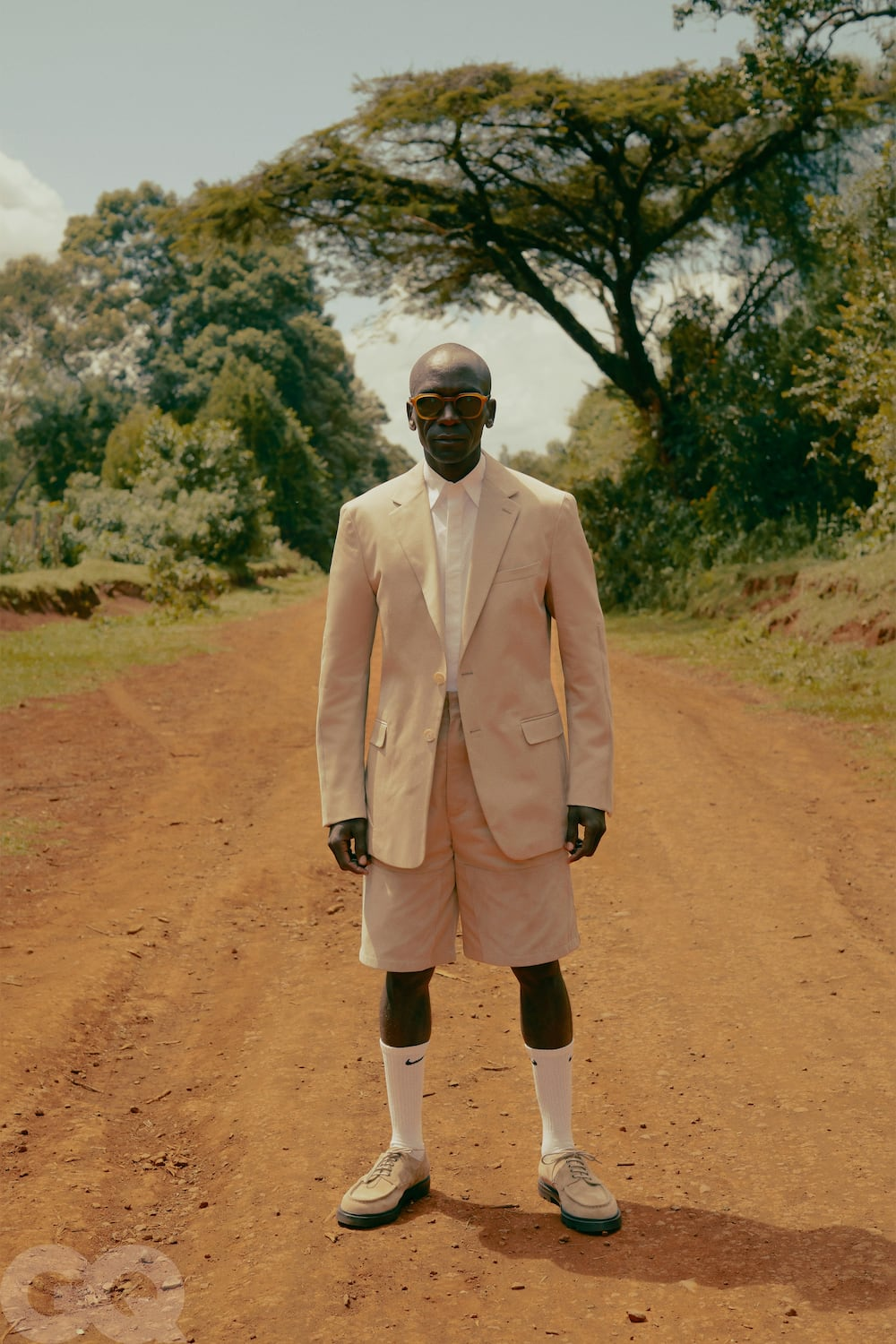 Eliud Kipchoge's bizarre yet expensive dress code thrills fans