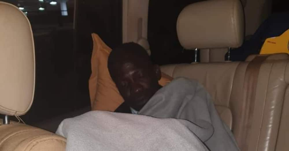Bobi Wine, campaign team sleep on the road after police block them from accessing hotels