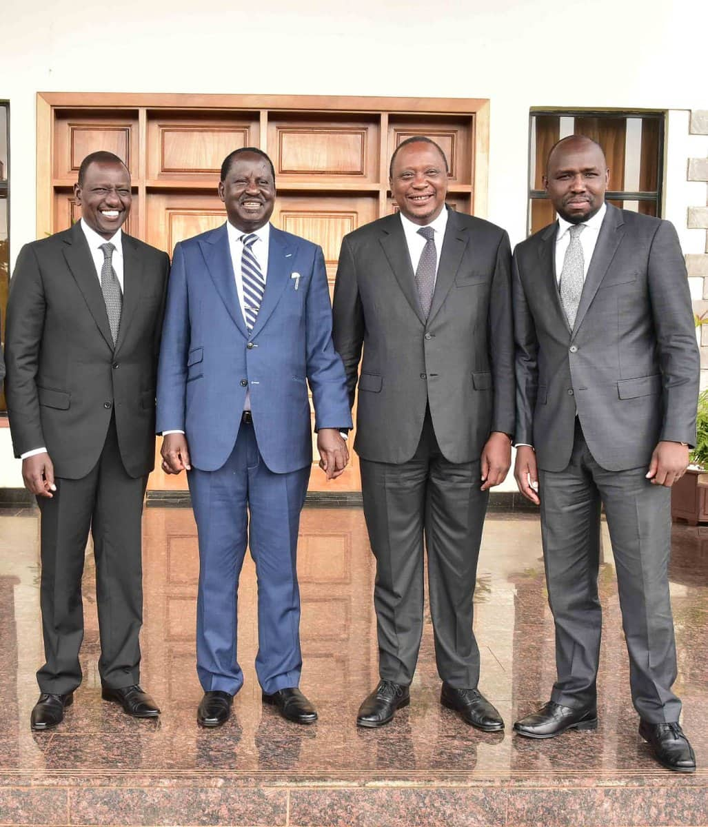 Raila, Ruto put aside political differences to share lunch at deputy president's home