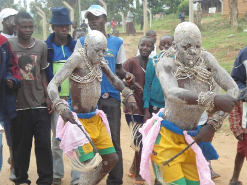 Tohara ni lazima kuzingatia kanuni za Wizara ya Afya kuhusu Covid-19 - Mutahi Kagwe