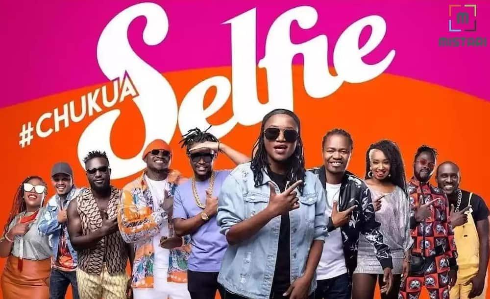 What does chukua selfie mean?