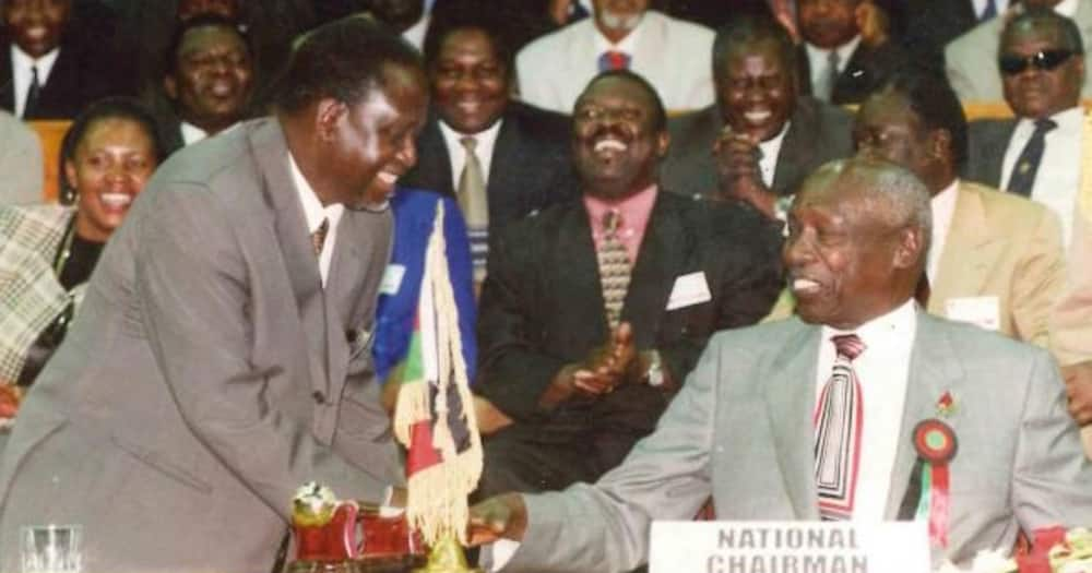 Former president Moi welcomes the then NDP leader to KANU. Raila assumed the position of secretary-general.