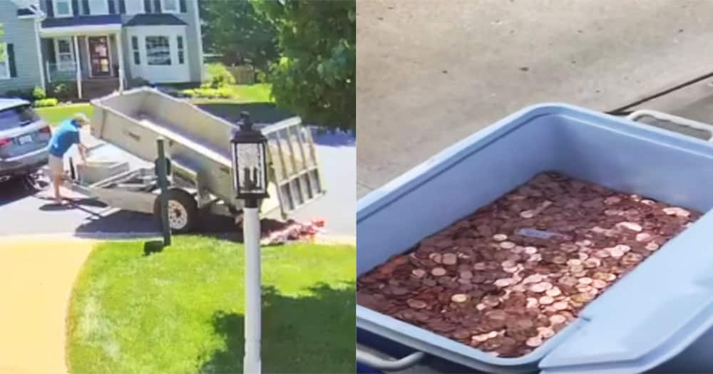 Dad Dumps 80,000 Coins on Baby Mama's Door as Child Support