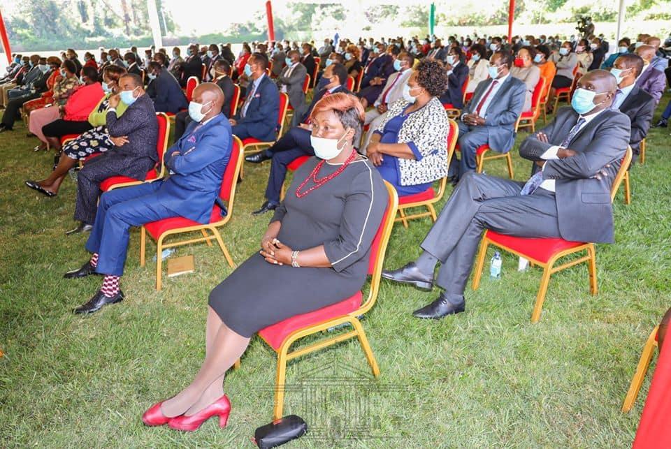 Picha za wabunge wa Jubilee kwenye mkutano Ikulu