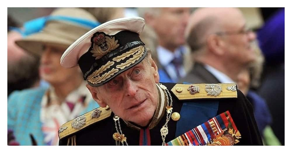 Prince Philip undergoes successful heart procedure, to remain in hospital