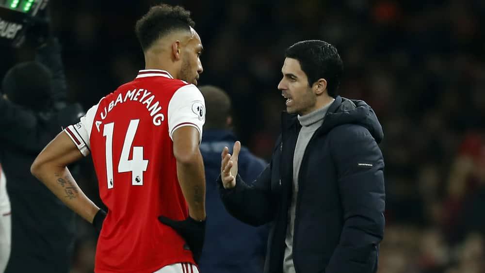 Arsenal boss Mikel Arteta sends urgent message to club over striker Aubameyang's contact