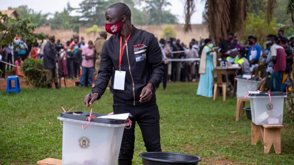 Uganda elections: Voters without masks allowed to cast ballot