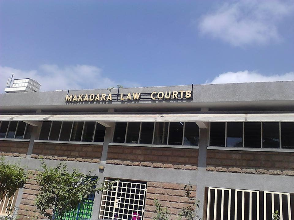 Nairobi man in court over KSh 6k debt spoiling friends with food, drinks