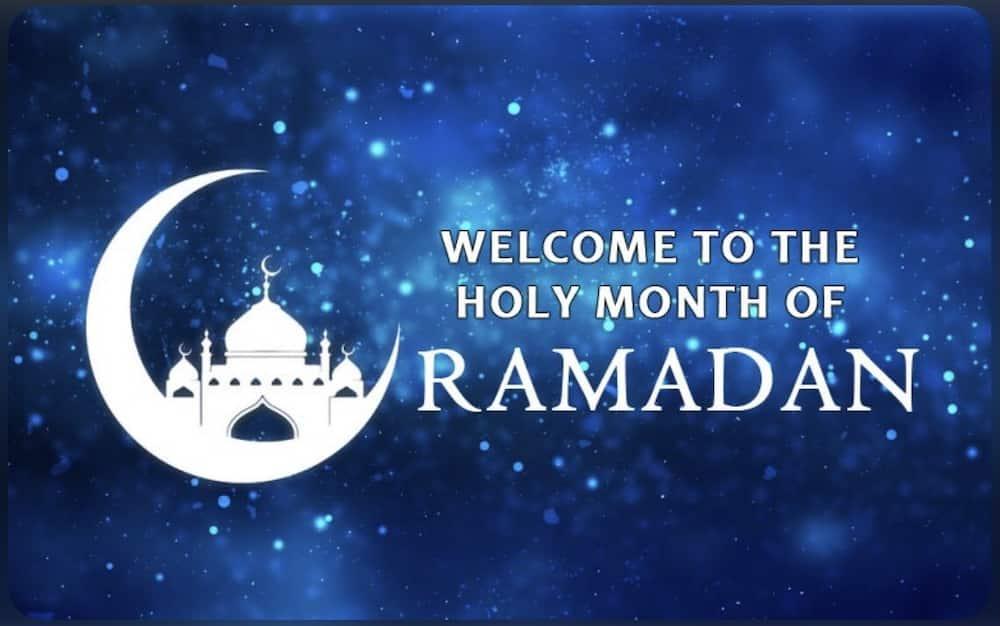 Ramadan Mubarak and Ramadan Kareem