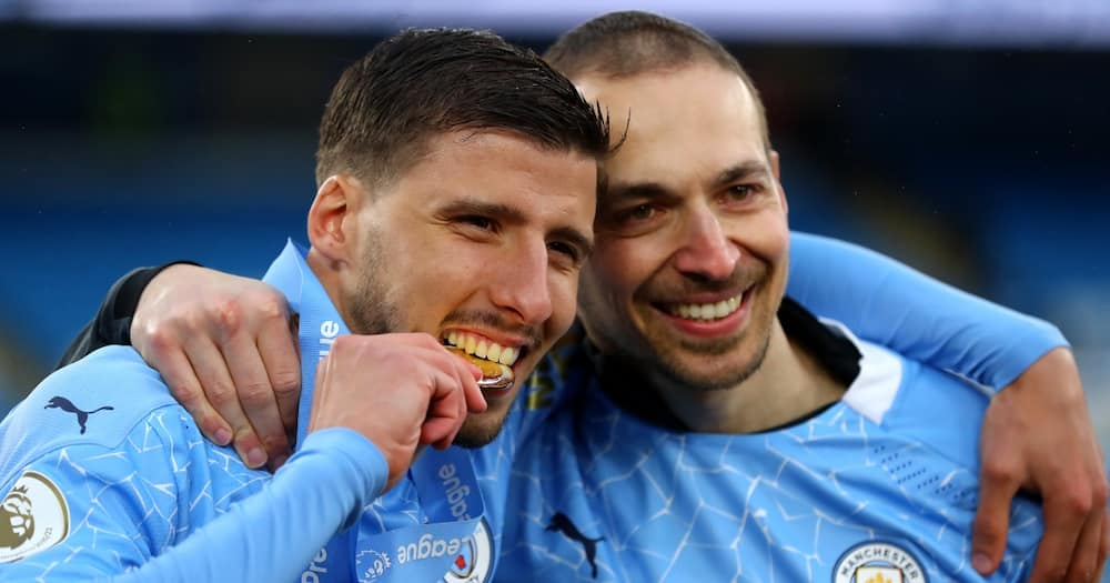 Man City star beats, Bruno Fernandes, Mount to win Player of the Season