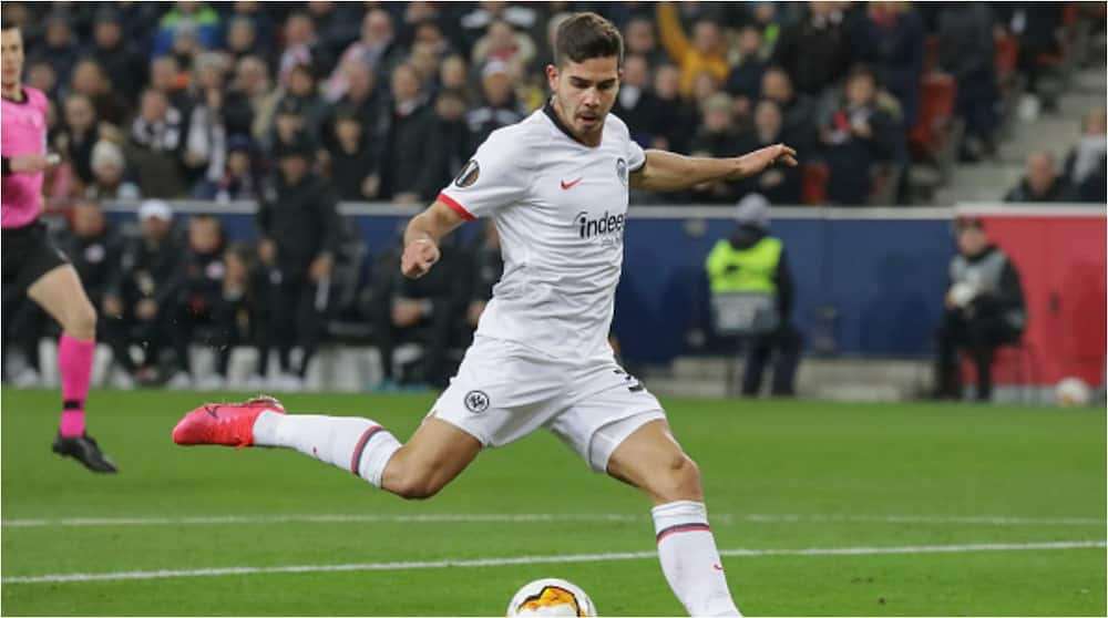 Manchester United go head-to-head with Atletico ahead of Arsenal to sign 25-year-old Frankfurt striker