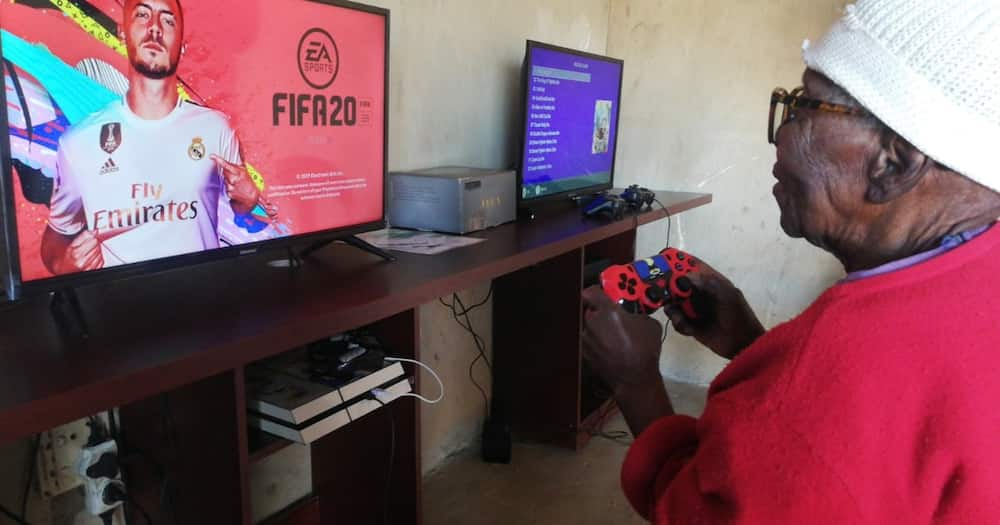 Bhut Fezile posted his 100-year-old gogo playing games.
