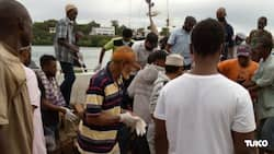 Body of Man Who Drowned while Escaping from Police Officers Retrieved from Indian Ocean