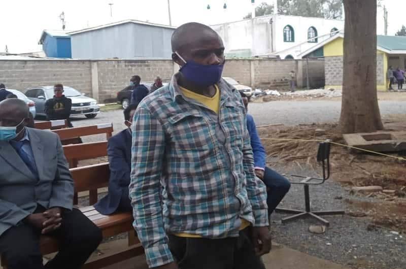 Makanga ajikuta pabaya kwa kupapasa titi la afisa wa polisi