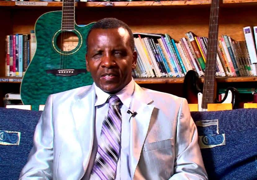 Gospel singer Reuben Kigame challenges Ruto to act learned after graduating with PhD