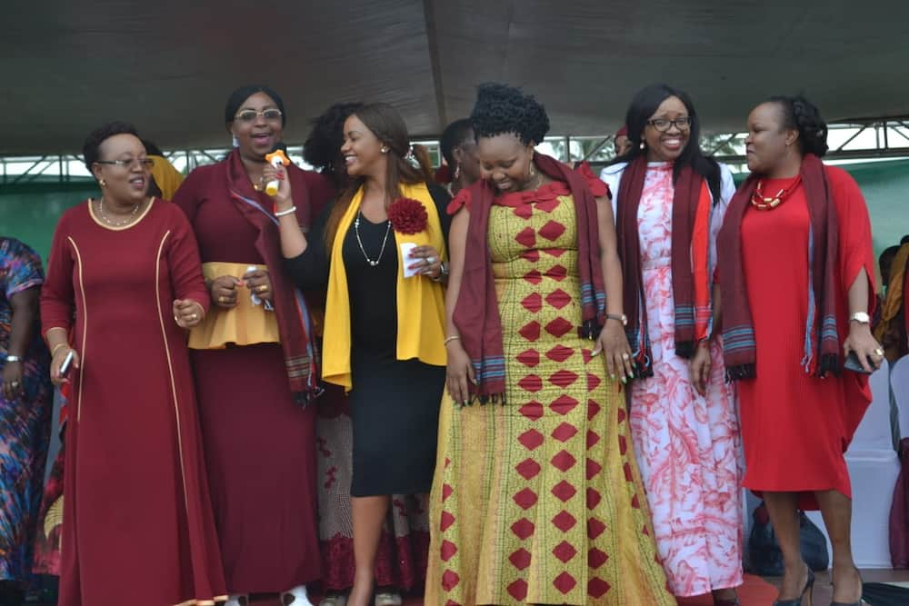 Hatubanduki sisi, Inua Mama wamwambia Rais Kenyatta