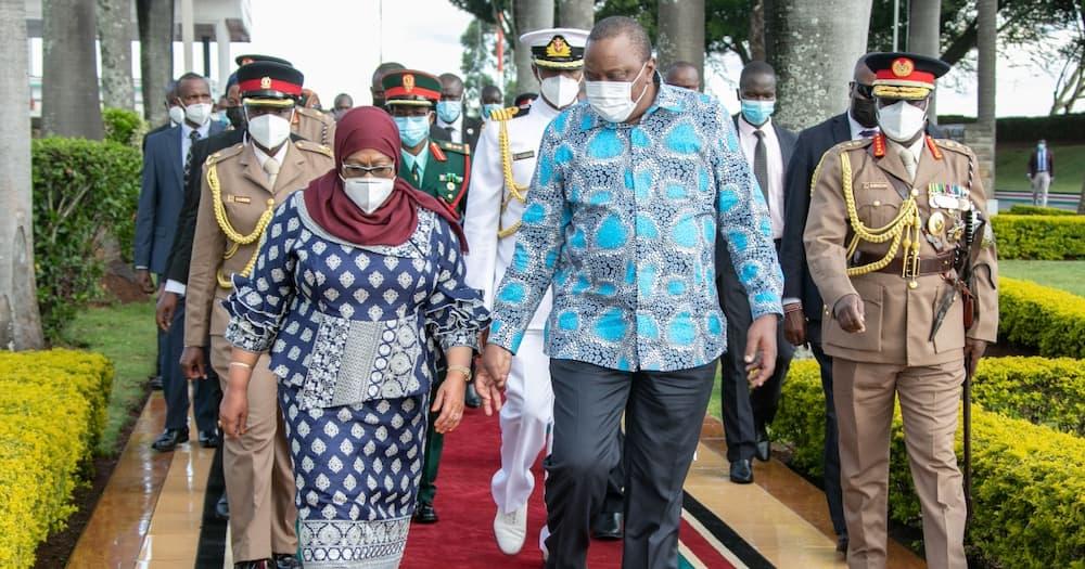 Uhuru, Samia Suluhu Warmly Held Hands Before Tanzanian President Boarded Plane back Home