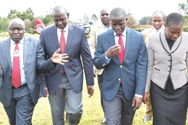 Seneta awaomba wazee wa Kalenjin, wahubiri wamuepushe Ruto na roho wa kuchanganyikiwa wa Raila