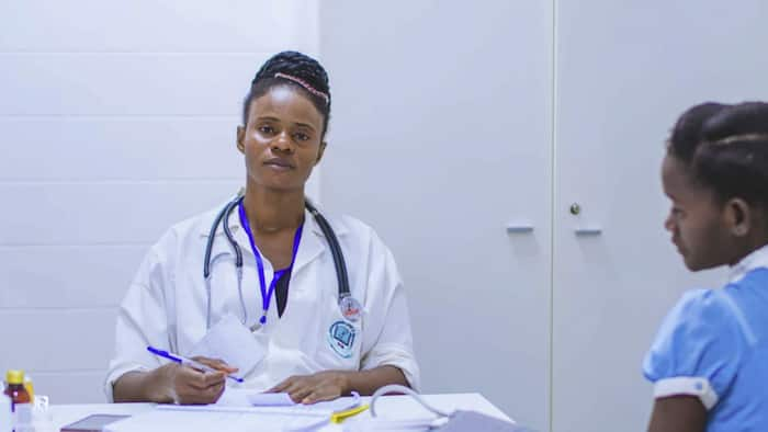 Certificate in Nursing in Kenya: requirements, colleges offering, fees