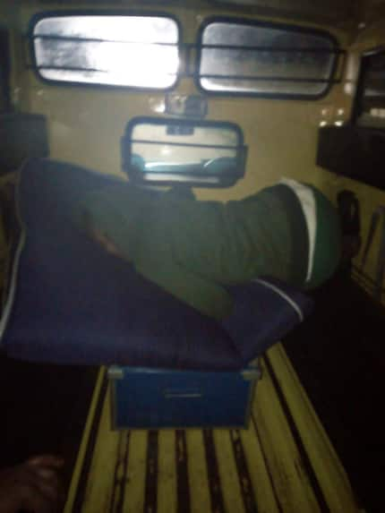 Ruchu Girls' High school student kicked out of school at night, abandoned in school van