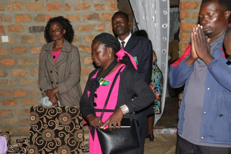 Bungoma: Jubilee leaders attend funeral where wrong body was buried