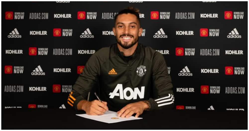 Man United wataa