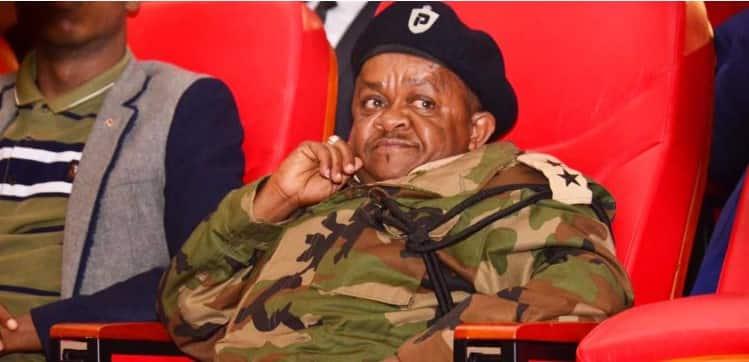 """Muigizaji Inspekta Mwala aongoza hafla ya polisi iliyohudhuriwa na Waziri Fred Matiang""""i"""