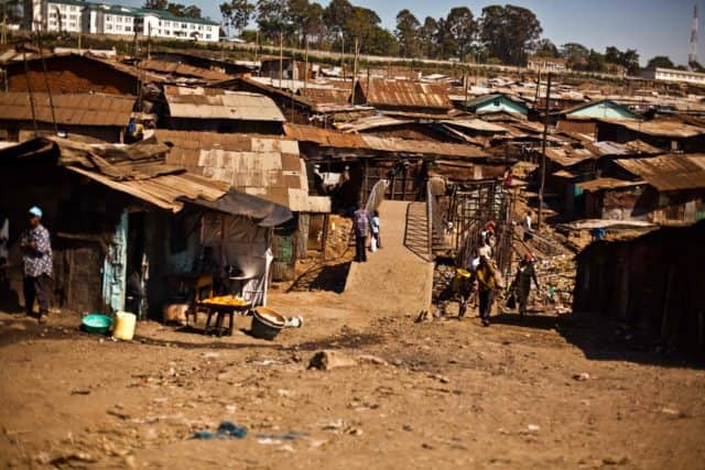 Costly shower: Mathare residents forced to pay KSh 20 for bathing, toilet services