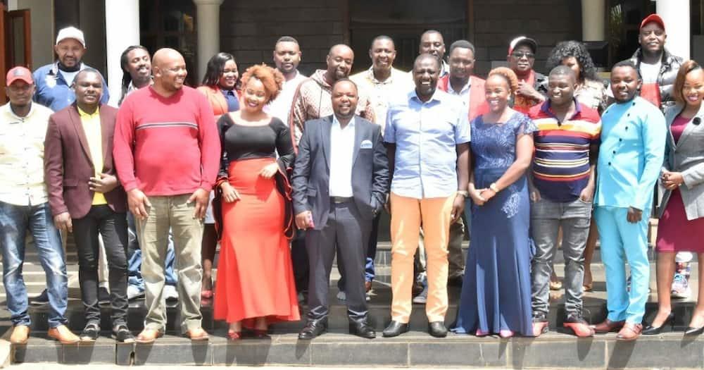 William Ruto hosts Kikuyu musicians in Karen, pledges to support their hustle