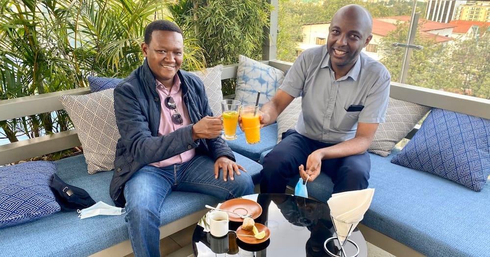 Alfred Mutua buys Senator Kang'ata a drink after his controversial BBI letter to Uhuru