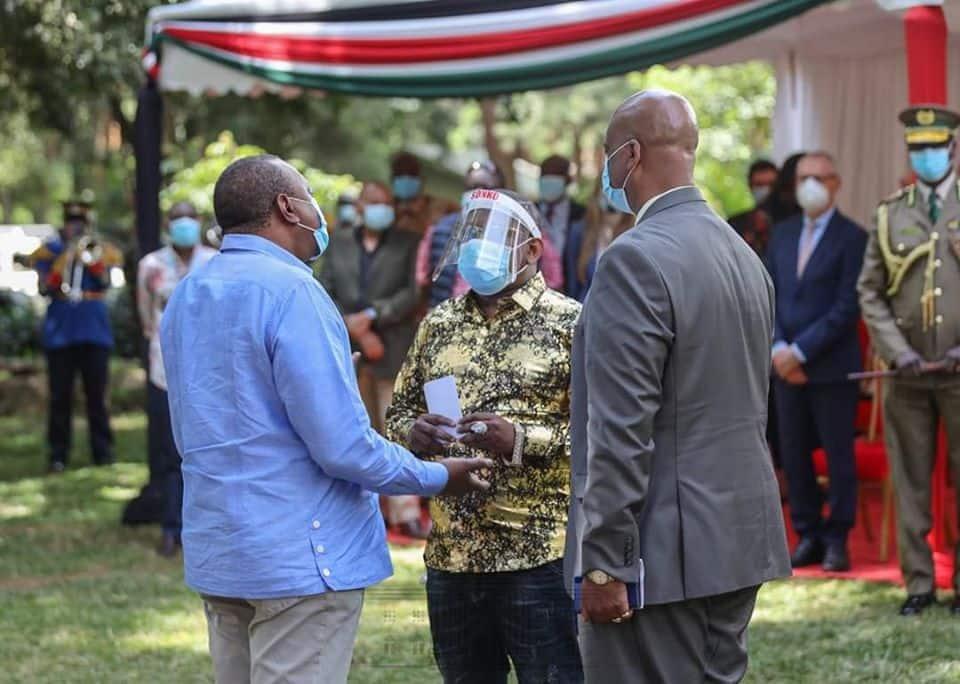 Gavana Sonko ambatiza Rais Uhuru na kumpa jina la Munaa