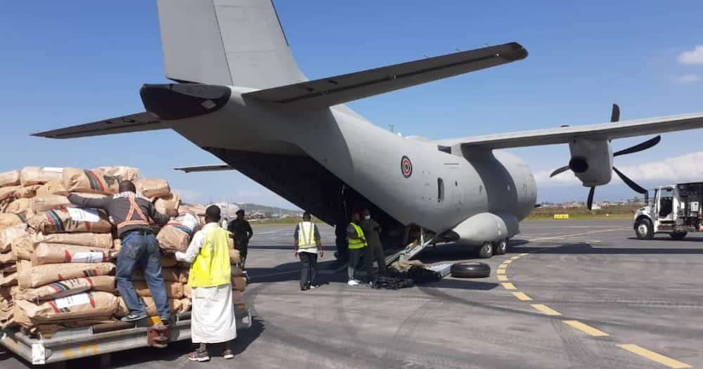 DRC: KDF Delivers 2-Aircraft Donation Loads to Goma Residents Affected by Volcanic Eruptions